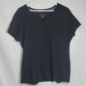 Tommy Hilfiger Tee Shirt  size XL  great condition